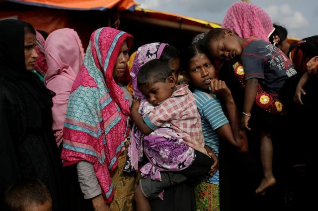 バングラデシュ側のロヒンギャ難民キャンプで(今月12日)