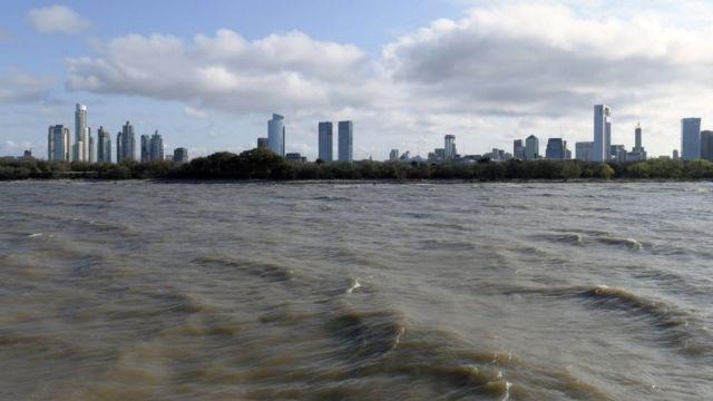 Vista da Cidade de Buenos Aires a partir do Rio da Prata