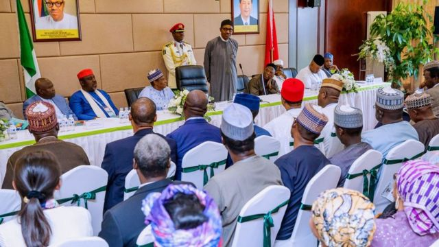 Aworan ipade Buhari pẹlu awọn ọmọ Naijiria ni China