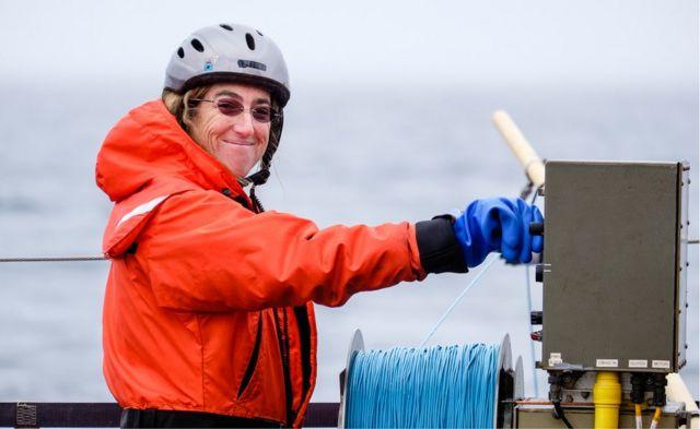 Voyage traces stirred-up Arctic heat