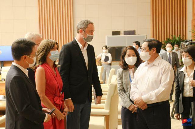 Thủ tướng Phạm Minh Chính đã có buổi làm việc với Đại sứ, Trưởng Phái đoàn Liên minh châu Âu (EU), Đại sứ các nước EU, Hiệp hội doanh nghiệp châu Âu