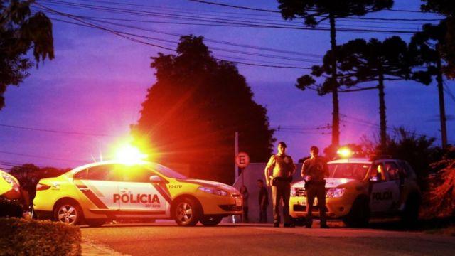 Patrullas de policías en Brasil.
