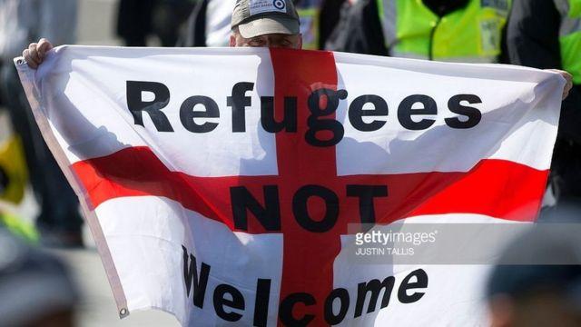 مخالفان مهاجرت