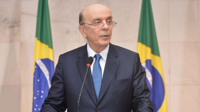 Ministro das Relações Exteriores, José Serra deu indicações de possível guinada na política externa brasileira