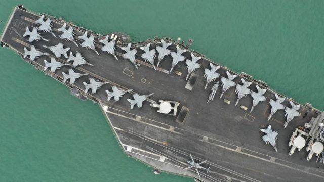 Tàu sân bay USS Ronald Reagan trên Biển Đông năm 2018