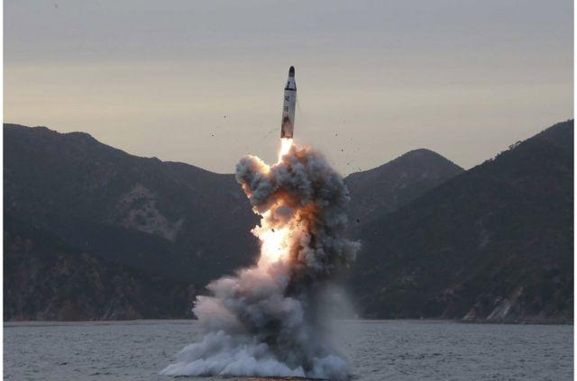 朝鲜导弹试射