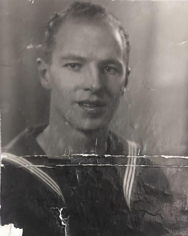 Военнослужащий ВМС Великобритании Эрик Гэммел во время войны