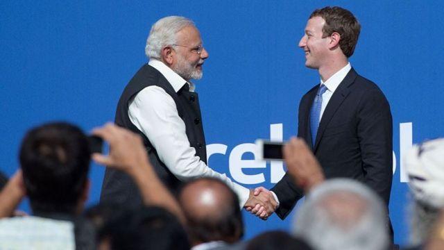 مارك زوكربيرغ ورئيس الوزراء الهندي ناريندرا مودي