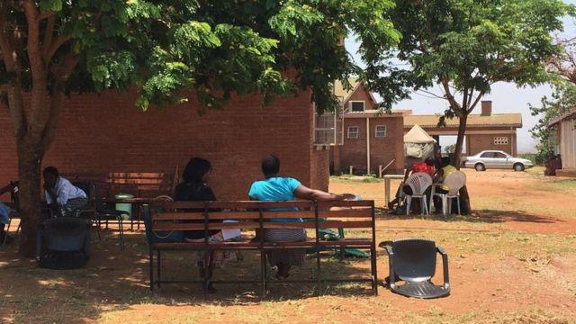 Um Banco da Amizade em Malawi