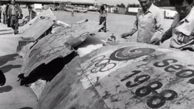 Pedaços do avião que explodiu em 1987