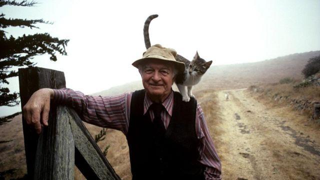 Dövrümüzün ən böyük alimlərindən biri Linus Pauling, antioksidləşdiricilərin bizi təhlükəyə atdığına inanırdı