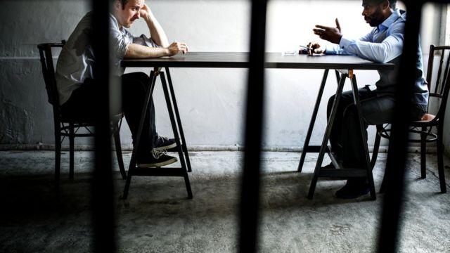 В тюрьме люди часто многое переосмысливают и выходят оттуда с желанием изменить свою жизнь
