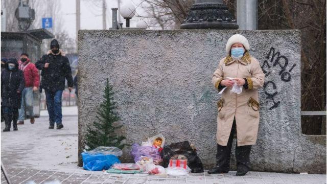 """""""Тіньові"""" доходи допомагають багатьом українцям протриматися"""