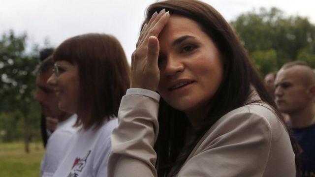 斯维特拉娜·季哈诺夫斯卡娅声称她赢得了选举。