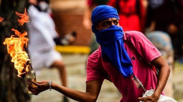 Waandamaaji wa walikabiliana katika miji kadhaa ya Venezuela