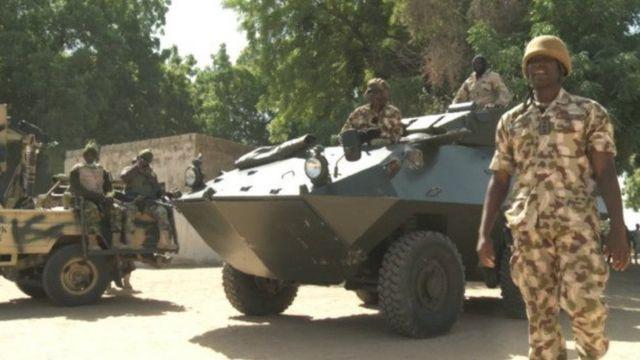 Un raid de l'Armée nigériane contre un camp de déplacés a fait 52 morts dans le Nord-Est du pays