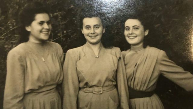 Retrato da jovem Lily Ebert, que aparece entre as irmãs Renee e Piri