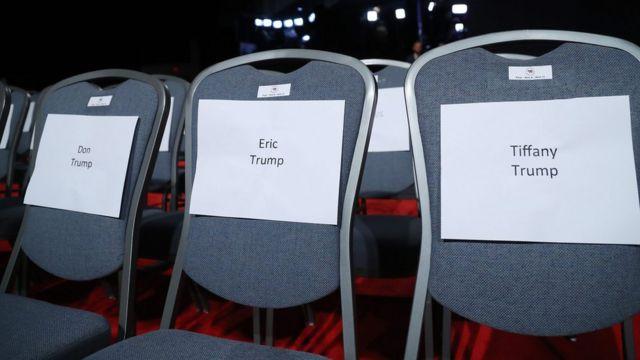 Sillas para la familia de Trump