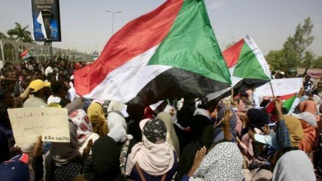Hashize amezi haba imyigaragambyo muri Sudani