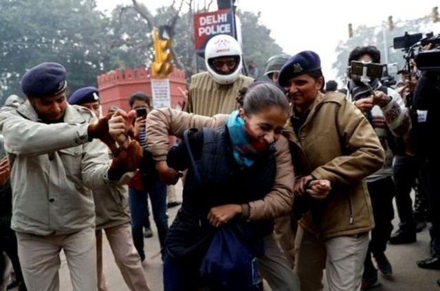 دہلی پولیس