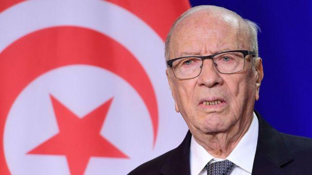 """أثارت تصريحات الرئيس التونسي، الباجي قايد السبسي، عن القبول بعودة """"الجهاديين"""" جدلا كبيرا في الأوساط التونسية"""