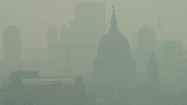 'Filthy air' prompts 'very high' pollution alert for London