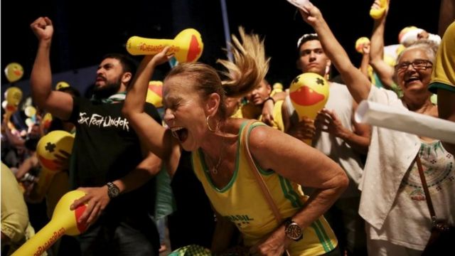 Dilma Rousseff's opponents celebrate in Sao Paulo. Photo: 17 April 2016
