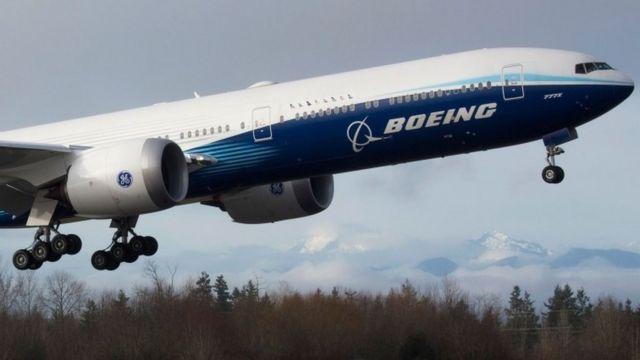 777X의 시험 비행은 궂은 날씨 때문에 두 번이나 취소됐다