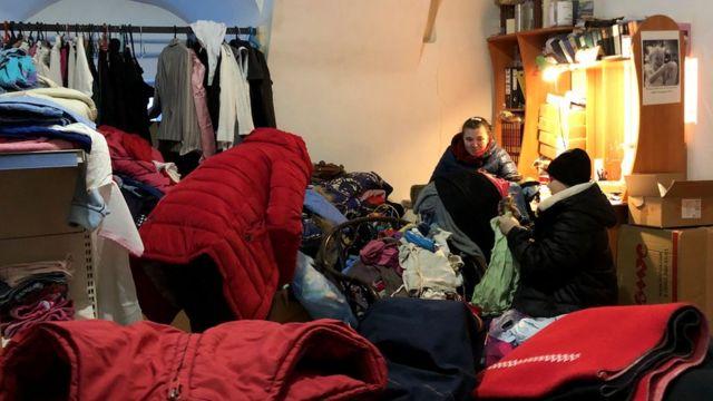 Манастир обезбеђује одећу за породице у крају