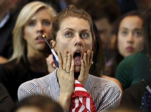 أثار انتخاب ترامب مخاوف مؤيدات هيلاري كلينتون