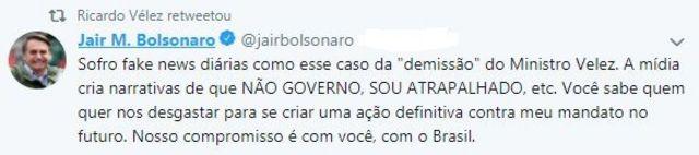 Em tuíte, Bolsonaro nega demissão e acusa imprensa