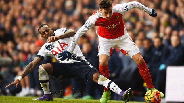 Una acción de un Arseanl v. Tottenham