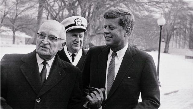 Presidentes Truman e Kennedy