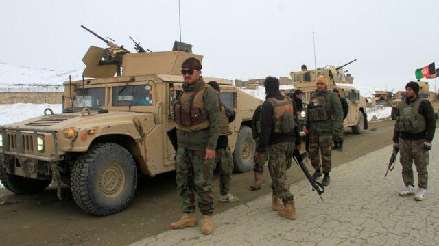 アフガンで米軍機墜落、タリバンが関与主張も米軍は否定 - BBCニュース