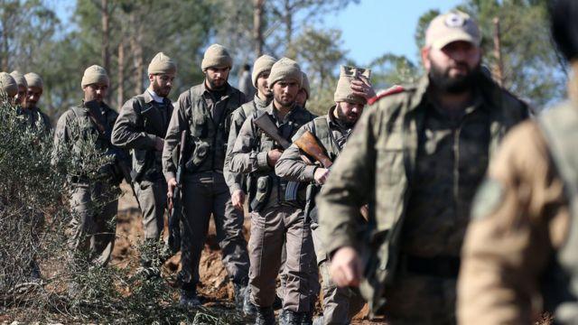 Zeytin Dalı Harekatı'na katılan Özgür Suriye Ordusu mensupları.