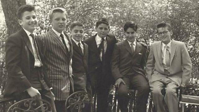 دونالد ترامپ (نفر دوم از چپ) در سال ۱۹۵۹، همان سالی که مدرسه نظامی فرستادندش