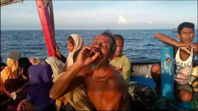 Terdapat 99 pengungsi Rohingya yang terdampar di utara laut Aceh.