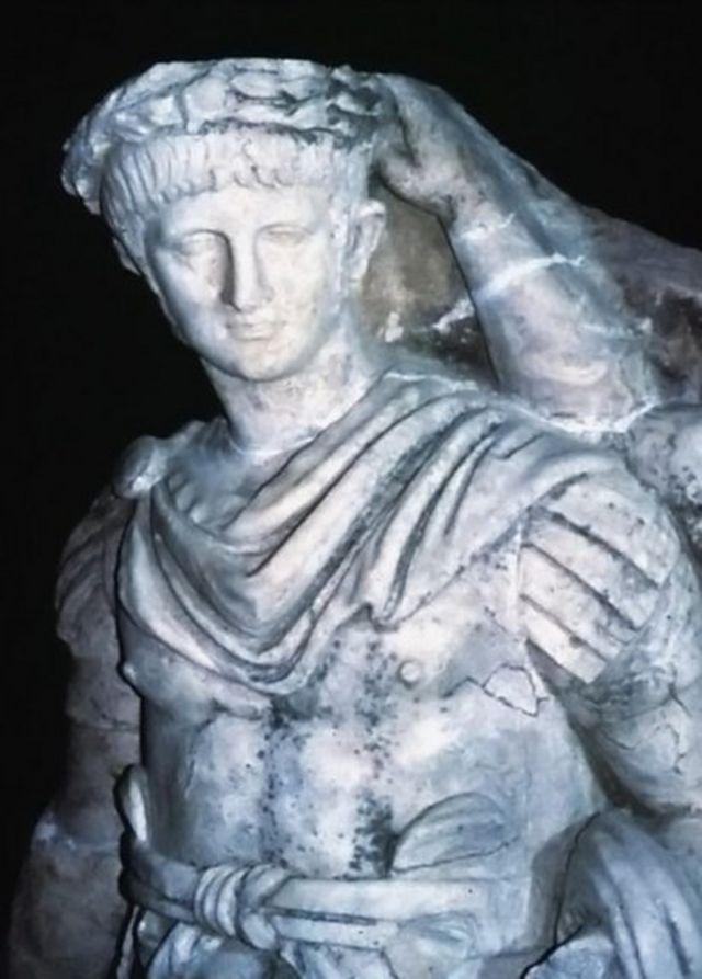 نرون، پسر آگریپینا. به دستور او مادرش کشته شد