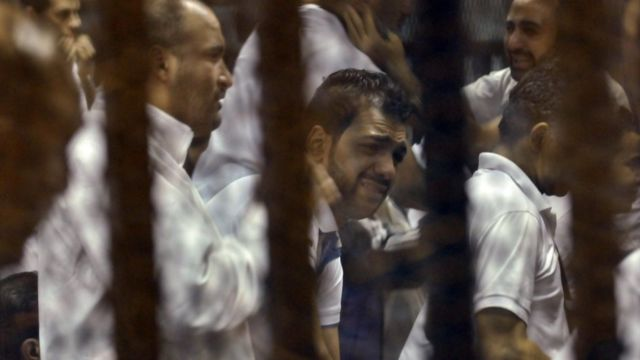 """تسلسل زمني لأبرز أحداث """"مجزرة بورسعيد"""""""