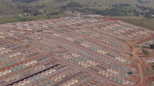 Vista aérea de conjunto em São José dos Campos