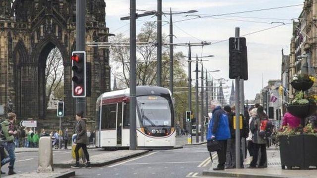 Plans to extend tram to Edinburgh university and hospital