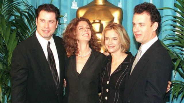 왼쪽부터 존 트라볼타와 톰 행크스의 아내 켈리 프레스톤, 존 트라볼타의 아내 리타 윌슨, 톰 행크스(1995)