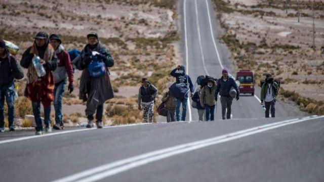 Migrantes que cruzan por pasos irregulares