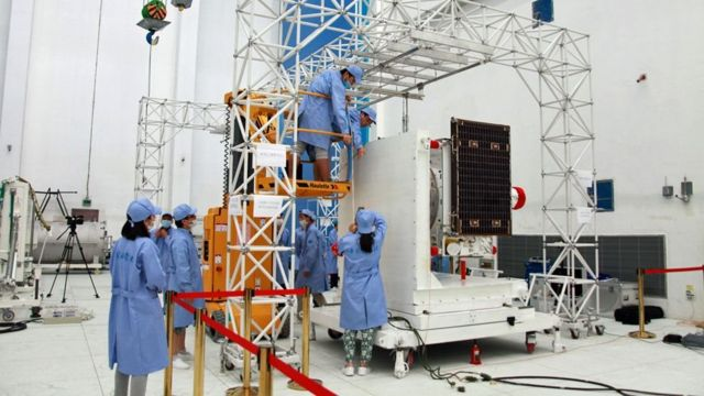墨子号科学实验卫星