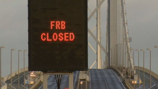 Closed sign on the Forth Road Bridge