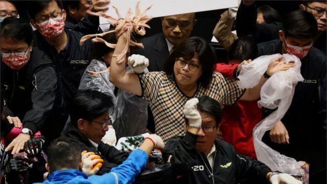 شجار في البرلمان التايواني