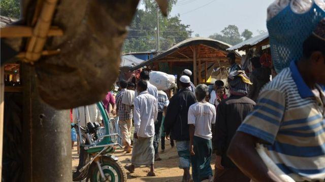 難民キャンプの環境は子供たちを性的に搾取するのを容易にしている