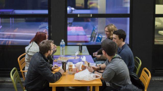 Cantina de la Universidad 42