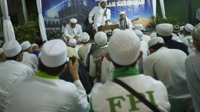 Rizieq Lagi Lagi Batal Pulang Amien Rais Jokowi Jangan Macam Macam Bbc News Indonesia