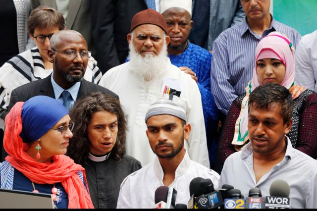 Saif Akonjee, el hijo del imán asesinado Maulana Alauddin Akonjee